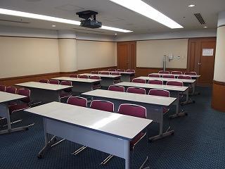 中会議室B3