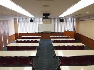 中会議室B1
